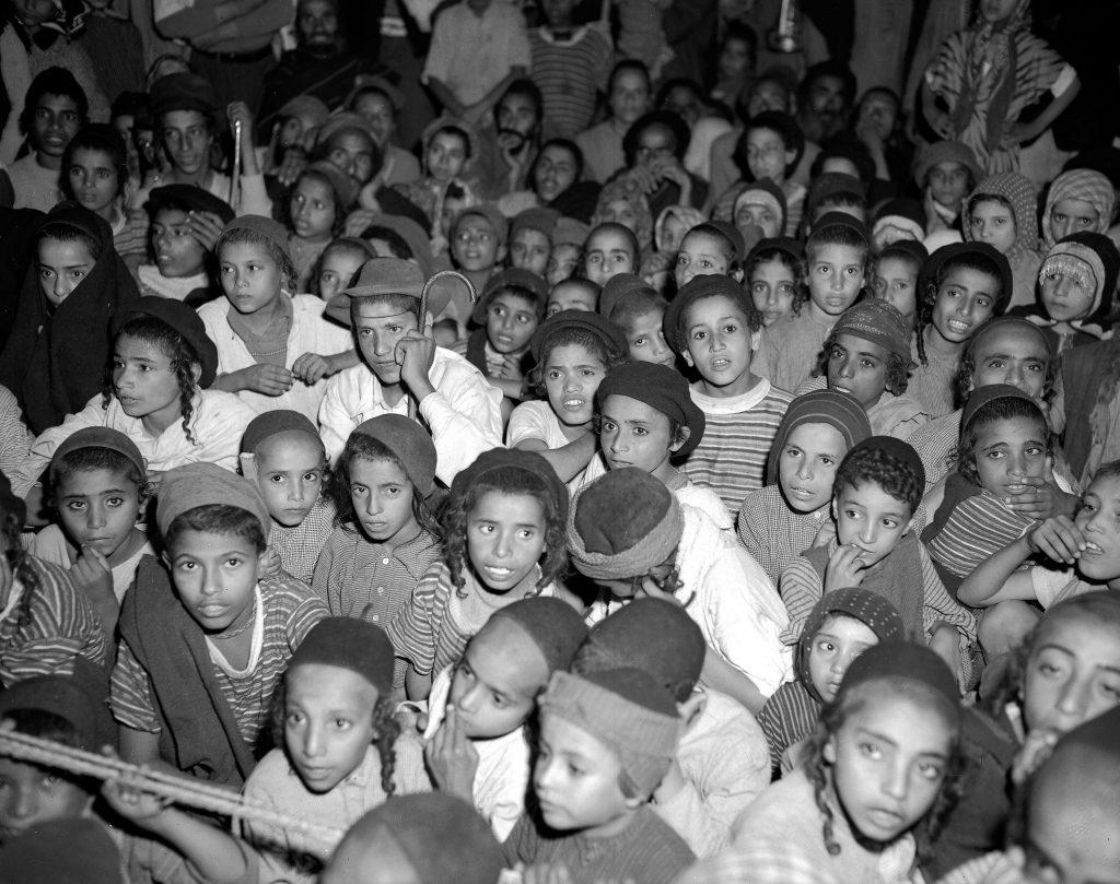 המחאה אמש בירושלים ביום המודעות לחטיפת ילדי תימן. צילום: פלאש 90