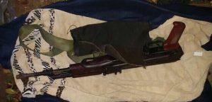 """נשק שנמצא בכפר ענתא. צילום: דובר צה""""ל"""
