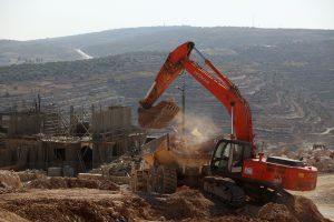 שר הביטחון ליברמן בביקור באתר הבנייה של היישוב עמיחי. צילום: הלל מאיר TPS