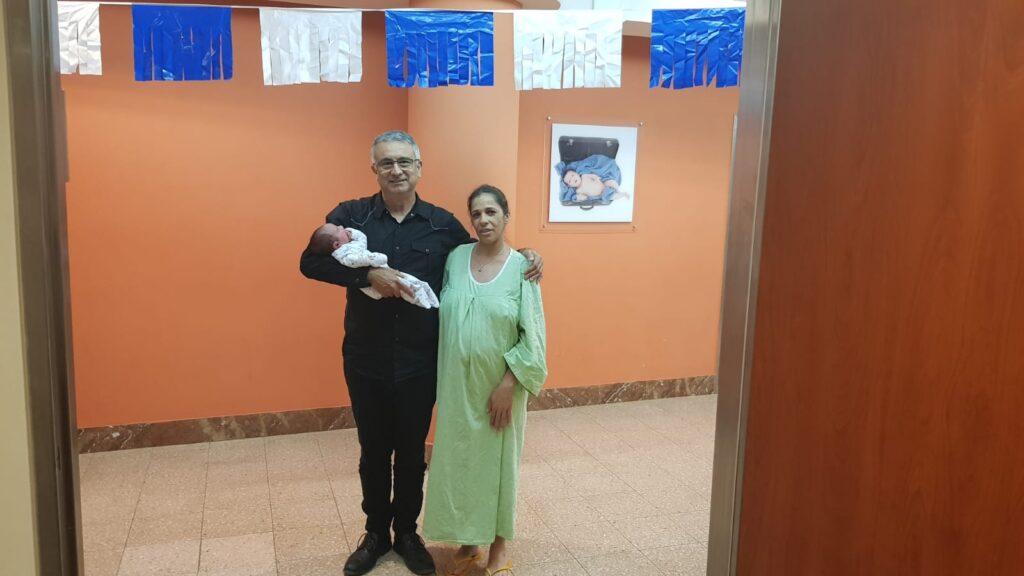 תינוק דרוזי נקרא על שם עמית בן יגאל הי״ד   צפו במפגש סוחט הדמעות בין אביו לאם התינוק
